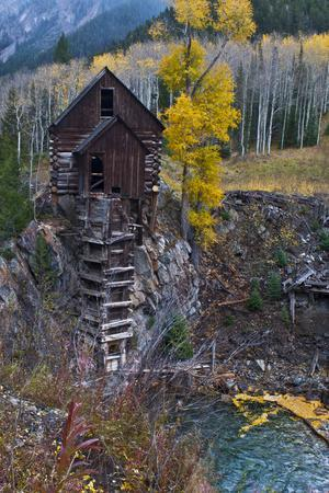 https://imgc.allpostersimages.com/img/posters/usa-colorado-scenic-historic-crystal-mill_u-L-Q1D0QNE0.jpg?p=0
