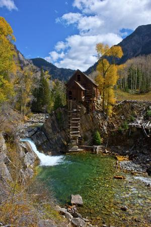 https://imgc.allpostersimages.com/img/posters/usa-colorado-scenic-historic-crystal-mill_u-L-Q1D0QP50.jpg?p=0