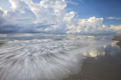 https://imgc.allpostersimages.com/img/posters/usa-georgia-tybee-island-clouds-and-waves-in-morning-light-at-the-beach_u-L-Q1D0OFZ0.jpg?p=0