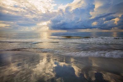https://imgc.allpostersimages.com/img/posters/usa-georgia-tybee-island-sunrise-and-reflections-on-tybee-island_u-L-Q1D0M3B0.jpg?p=0