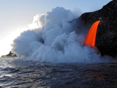 https://imgc.allpostersimages.com/img/posters/usa-hawaii-big-island-lava-from-the-big-island-s-pu-u-o-o-eruption_u-L-Q1D0RHF0.jpg?p=0