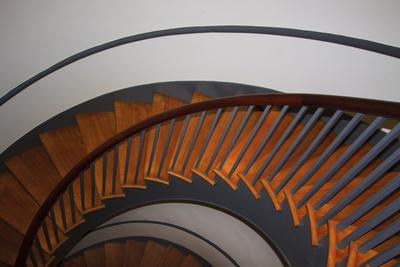 https://imgc.allpostersimages.com/img/posters/usa-kentucky-pleasant-hill-spiral-staircase-at-the-shaker-village_u-L-PU3EV90.jpg?artPerspective=n