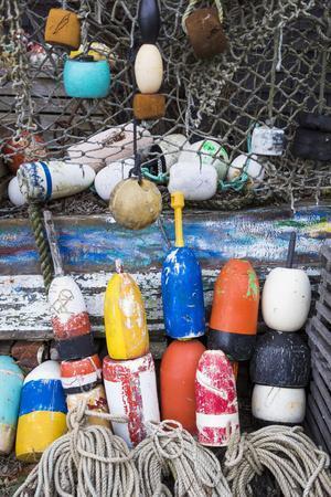 https://imgc.allpostersimages.com/img/posters/usa-massachusetts-cape-ann-rockport-lobster-buoys_u-L-Q12TDL60.jpg?p=0