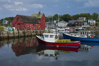 https://imgc.allpostersimages.com/img/posters/usa-massachusetts-cape-ann-rockport-rockport-harbor-with-boats_u-L-Q1D0QL10.jpg?artPerspective=n