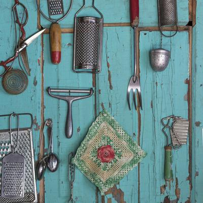 https://imgc.allpostersimages.com/img/posters/usa-montana-missoula-old-fashioned-kitchen-implements-displayed-on-weathered-door_u-L-Q1GC1IJ0.jpg?artPerspective=n