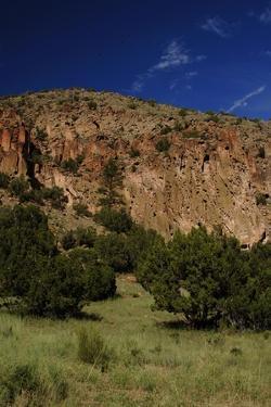 USA, Near Los Alamos, New Mexico, Bandelier National Monument, Frijoles Canyon