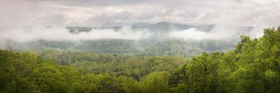https://imgc.allpostersimages.com/img/posters/usa-tennessee-great-smoky-mountains-national-park-misty-morning-panoramic_u-L-Q12T1FC0.jpg?p=0