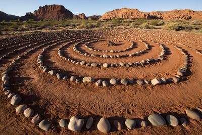 https://imgc.allpostersimages.com/img/posters/usa-utah-ivins-red-mountain-resort-spiral-meditation-labyrinth-pr_u-L-Q1H24XB0.jpg?artPerspective=n