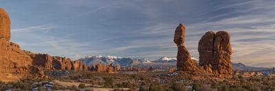https://imgc.allpostersimages.com/img/posters/usa-utah-panoramic-image-of-balanced-rock-at-sunset-arches-national-park_u-L-Q1H25560.jpg?artPerspective=n
