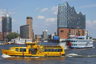Elbfahre Ferry and Harbour Cruise in Front of the Elbe Philharmonic Hall