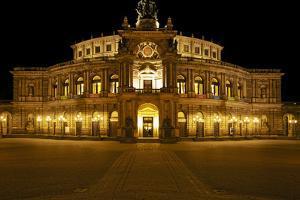 Illuminated Semperoper in Dresden in the Evening by Uwe Steffens