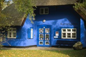 The Kunstkaten in Ahrenshoop, Fischland by Uwe Steffens