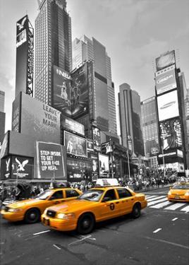 Times Square Traffic by Vadim Ratsenskiy