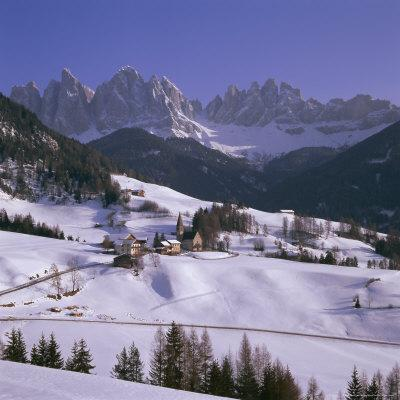 https://imgc.allpostersimages.com/img/posters/val-de-funes-st-magdalena-and-geisler-mountains-south-tirol-trentino-alto-adige-italy_u-L-P2QVCV0.jpg?p=0