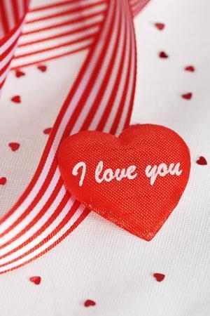 https://imgc.allpostersimages.com/img/posters/valentine-s-day-gift_u-L-PZPK360.jpg?p=0