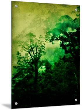 Ominous by Vanessa Ho