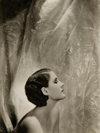 https://imgc.allpostersimages.com/img/posters/vanity-fair-september-1930_u-L-PEP4Z30.jpg?p=0