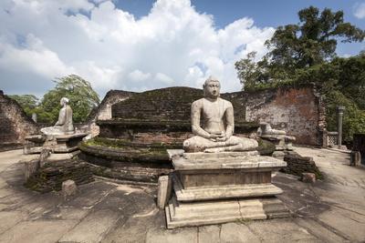 https://imgc.allpostersimages.com/img/posters/vatadage-ancient-ruins-polonnaruwa-unesco-world-heritage-site-sri-lanka-asia_u-L-PQ8NFN0.jpg?p=0