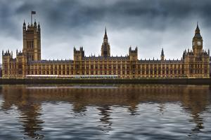 Houses of Parliament by Veneratio