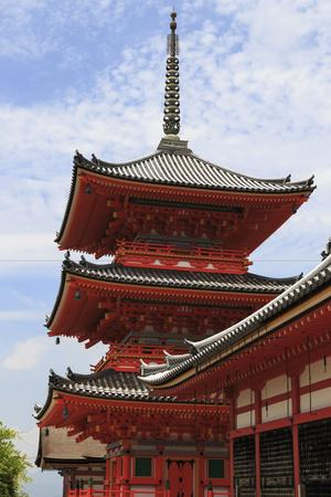 https://imgc.allpostersimages.com/img/posters/vermillion-three-storey-pagoda-kyoto_u-L-Q12SCLL0.jpg?p=0