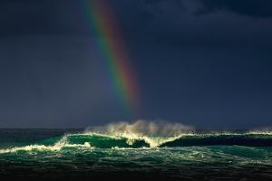 Divine Wave by Verne Varona
