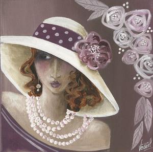 Femme Chapeau Blanc Et Rose by Véronique Didier-Laurent
