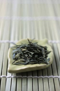 Japanese Sencha Green Tea by Veronique Leplat