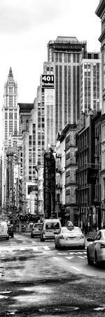 https://imgc.allpostersimages.com/img/posters/vertical-panoramic-door-posters-nyc-yellow-taxis-cabs-on-broadway-avenue-in-manhattan_u-L-PZ52EL0.jpg?p=0