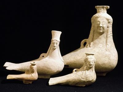 https://imgc.allpostersimages.com/img/posters/vessels-in-the-shape-of-female-head_u-L-PP16YV0.jpg?p=0