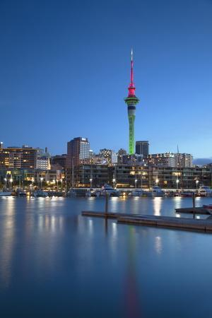 https://imgc.allpostersimages.com/img/posters/viaduct-harbour-and-sky-tower-at-dusk-auckland-north-island-new-zealand-pacific_u-L-PQ8RDB0.jpg?p=0