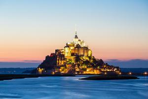 Mont Saint Michele at Dusk France by vichie81