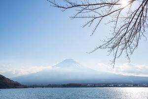 Mountain Fuji Fujisan from Kawaguchigo Lake at Yamanashi Japan by vichie81