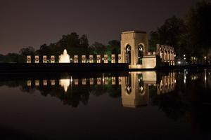 The National World War Ii Memorial at Night by Vickie Lewis