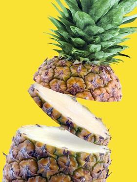 Sliced Pineapple by Victor Habbick