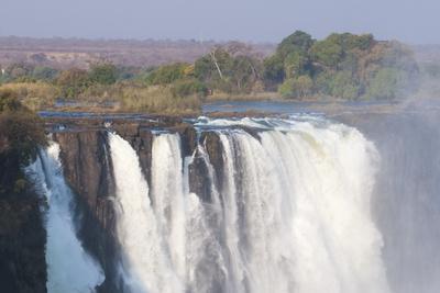 https://imgc.allpostersimages.com/img/posters/victoria-falls-unesco-world-heritage-site-zimbabwe-africa_u-L-PNGMIC0.jpg?p=0