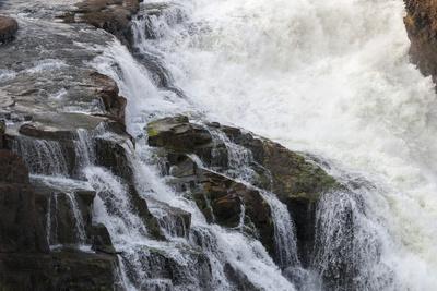 https://imgc.allpostersimages.com/img/posters/victoria-falls-unesco-world-heritage-site-zimbabwe-africa_u-L-PNGMIO0.jpg?p=0