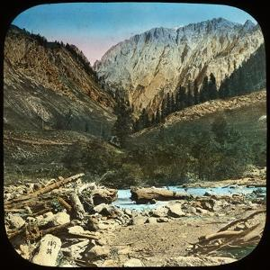 View Between Sonamarg and Baltal, Kashmir, India, Late 19th or Early 20th Century