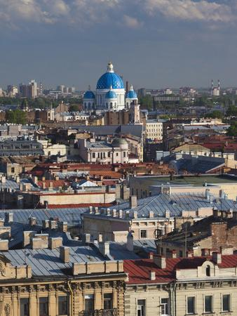 https://imgc.allpostersimages.com/img/posters/view-from-st-isaac-cathedral-saint-petersburg-russia_u-L-PHATV50.jpg?p=0