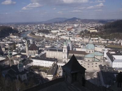 https://imgc.allpostersimages.com/img/posters/view-from-the-hohensalzburg-fortress-salzburg-austria-europe_u-L-P7NZOG0.jpg?p=0