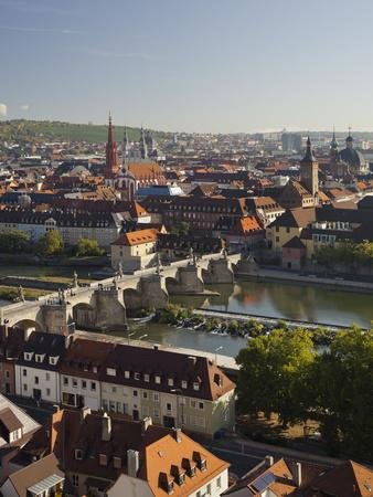 https://imgc.allpostersimages.com/img/posters/view-from-the-marienberg-fortress-over-wurzburg-alte-mainbr-cke-bridge_u-L-Q11YS7W0.jpg?p=0