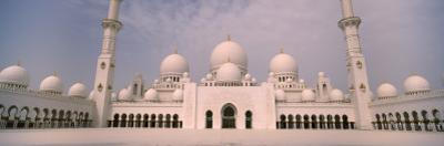 View of a Mosque, Sheikh Zayed Mosque, Abu Dhabi, United Arab Emirates