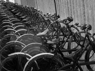 https://imgc.allpostersimages.com/img/posters/view-of-bicycles-from-a-story-concerning-italy_u-L-P3OHCQ0.jpg?p=0