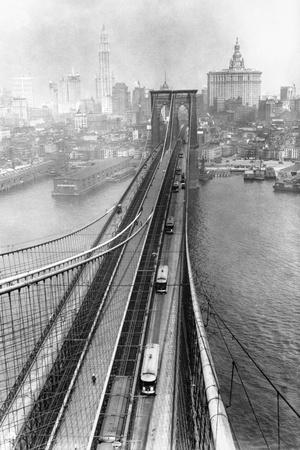 https://imgc.allpostersimages.com/img/posters/view-of-brooklyn-bridge_u-L-PZP0OX0.jpg?p=0