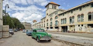 View of cars on a street, Calle San Pedro y Av. del Puerto, Havana, Cuba