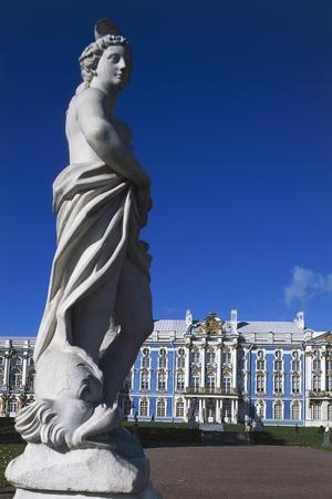 https://imgc.allpostersimages.com/img/posters/view-of-catherine-palace_u-L-PP9V160.jpg?p=0