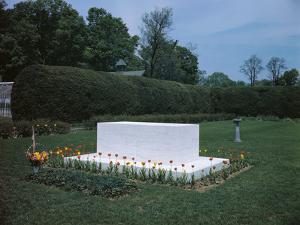 View of Franklin D. Roosevelt's Tombstone