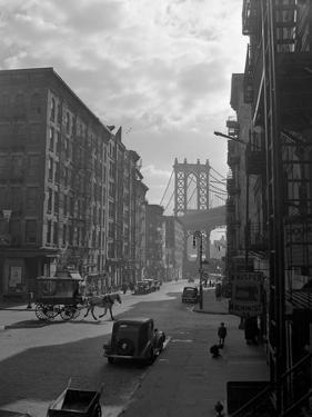 View of Lower East Side from Pitt Street