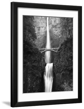 View of Multnomah Falls in Columbia Gorge,Oregon  USA - Black and White