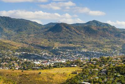 https://imgc.allpostersimages.com/img/posters/view-of-the-northern-city-matagalpa_u-L-PWFGNF0.jpg?p=0