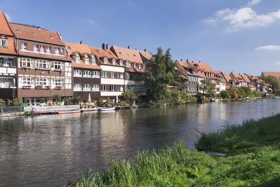 https://imgc.allpostersimages.com/img/posters/view-over-regnitz-river-to-little-venice-kleinvenedig-bamberg-franconia-bavaria-germany_u-L-PWFLFK0.jpg?p=0